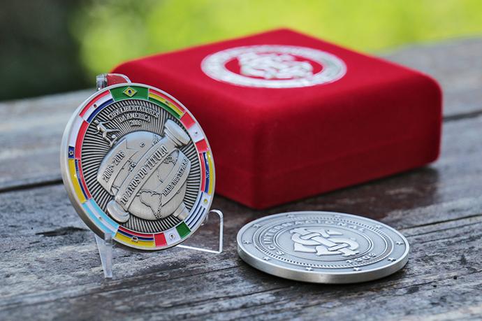 BLOG: Inter lança moedas comemorativas dos 10 anos da Libertadores e Mundial