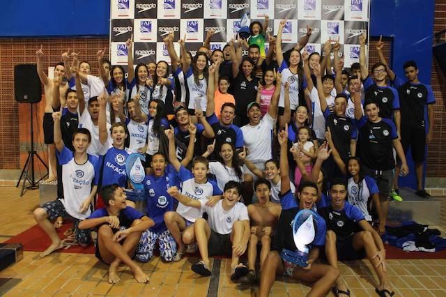 BLOG: Pinheiros abre nova piscina com o bi Paulista Infantil de Inverno