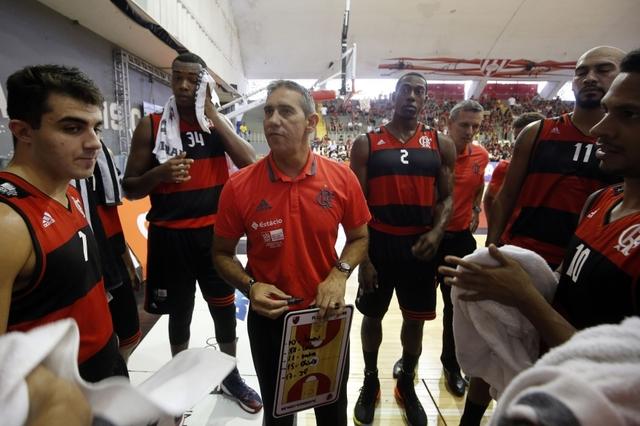 """BLOG: Após a derrota, José Neto avalia: """"Franca soube aproveitar o que deixamos de fazer para vencer"""""""