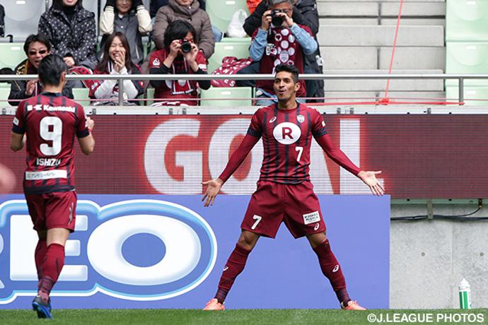 BLOG: Pedro Júnior devastou a defesa do Antlers e surpresas continuam na Copa Nabisco