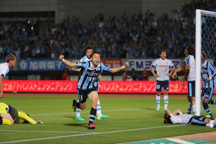 BLOG: Kawasaki e Kashima vencem, Urawa tropeça - quem leva o título do turno?
