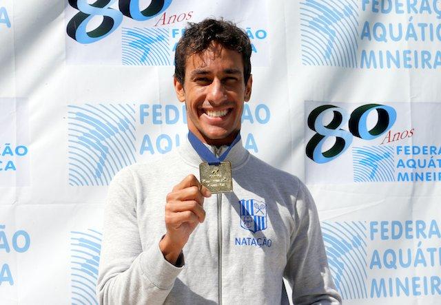 BLOG: Henrique Martins nada pela 4a vez abaixo dos 52 segundos nos 100 borboleta
