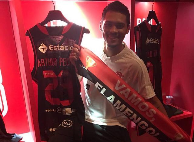 BLOG: Já adaptado à rotina do clube, Arthur Pecos aborda a expectativa para essa temporada do basquete rubro-negro