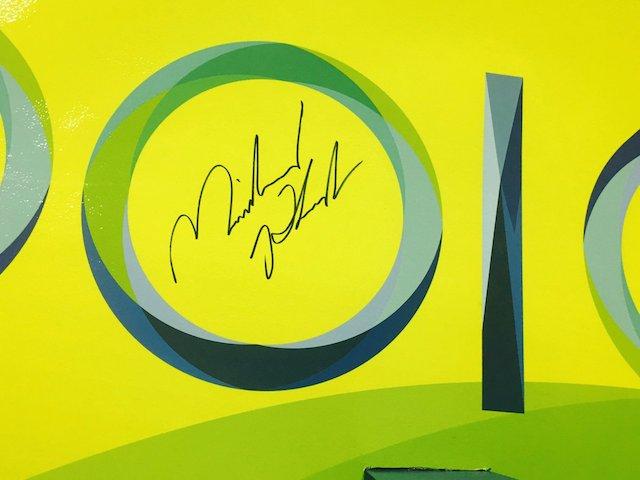 BLOG: Olha onde ele assinou...