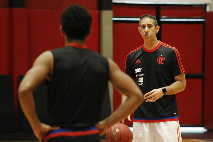 """BLOG: José Neto e a expectativa para o segundo jogo: """"Temos que fazer prevalecer o mando"""""""