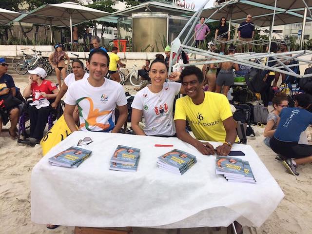 BLOG: Treino e lançamento do livro de Poliana Okimoto na praia olímpica de Copacabana