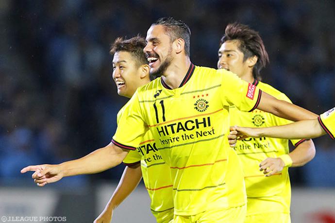 BLOG: Diego Oliveira faz 3, Reysol goleia líder Frontale e deixa returno da J1 em aberto