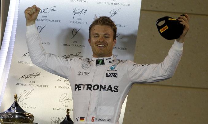 BLOG: Rosberg vence e pressiona Hamilton