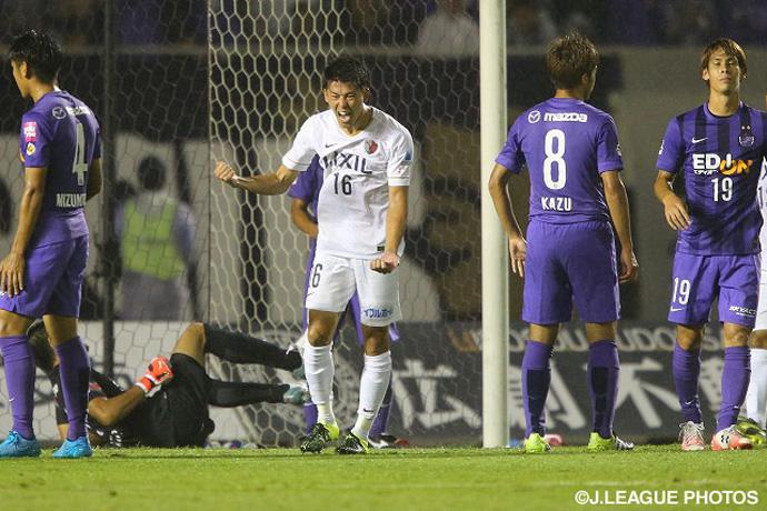 BLOG: J-League: Kashima bate líder Hiroshima e vence 3ª seguida com novo técnico