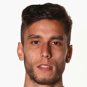 Ricky Álvarez