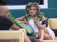 Carvalho Renata Conversando Piscina 04/03