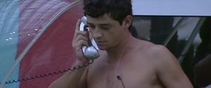 Big Fone: Fael atende e terá que imunizar outro brother (BBB/ TV Globo)