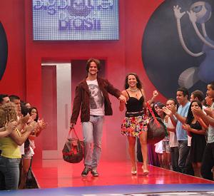 Rodrigo e Michelly recebem mais votos e são eliminados (Inácio Moraes / TV Globo)