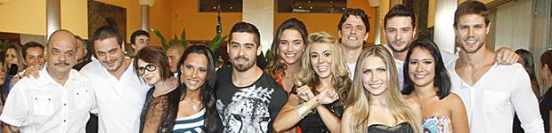 Brothers chegam à casa do BBB12; confira como foi a carreata (BBB / TV Globo)