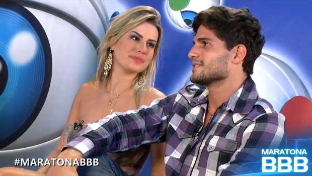 nanda e dé bate-papo (Foto: BBB / TV Globo)