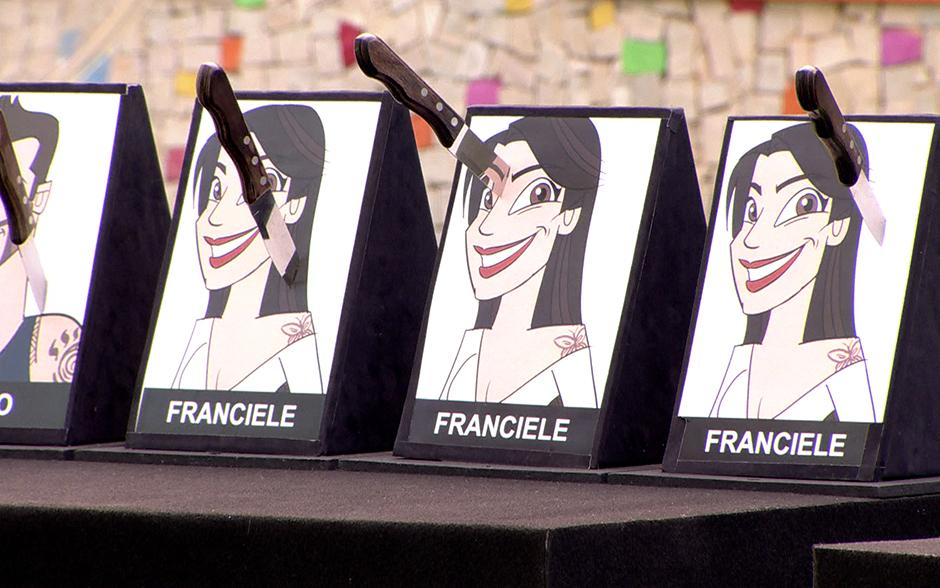 Clara tira mais um da prova: seu alvo é Franciele