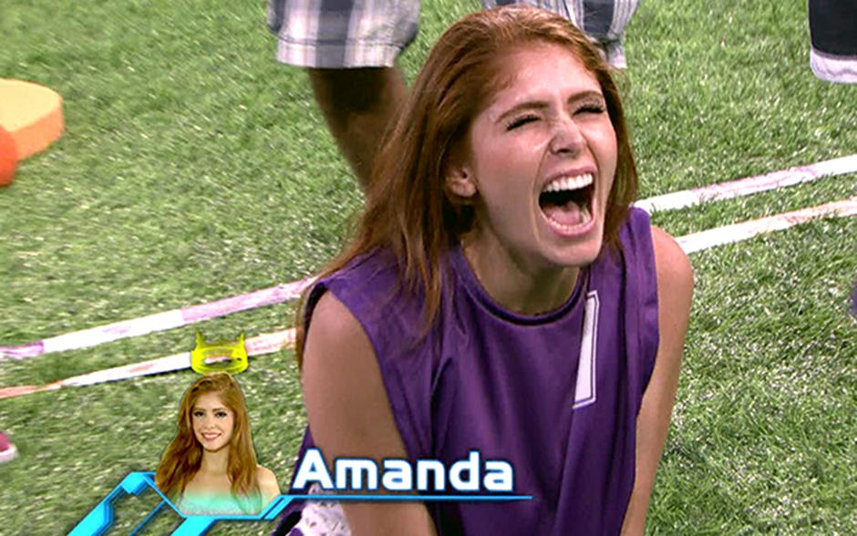 Ao derrubar a cesta do grupo laranja, Amanda se tornou a primeira Líder do BBB14