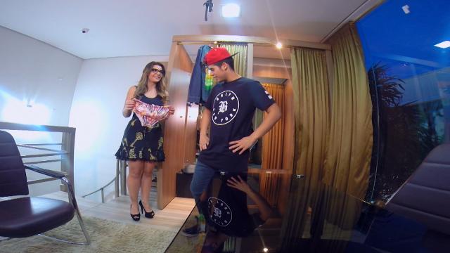 Zé Felipe com Cecília Ribeiro nas gravações do Carona