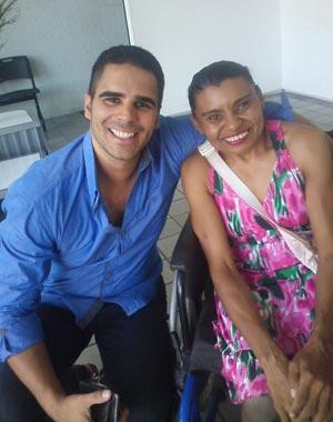 Ana Cristina adorou encontrar com o apresentador Helder Vilela