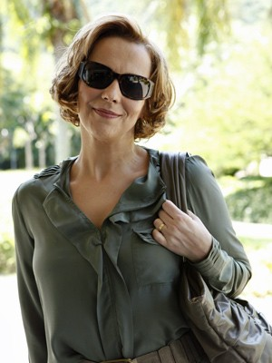 Ana Beatriz Nogueira grava suas primeiras cenas