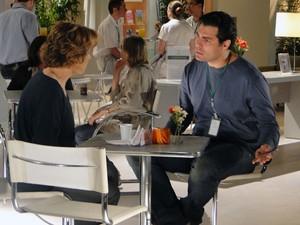 Lúcio deixa claro que atitude de Eva pode atrapalhar recuperação de Ana (Foto: A Vida da Gente - Tv Globo)