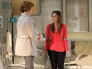 Eva elogia a filha e comemor a sua recuperação (Foto: A Vida da Gente - Tv Globo)