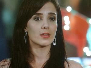 Nanda fala mal de Ana e Manu não gosta (Foto: A Vida da Gente / TV Globo)