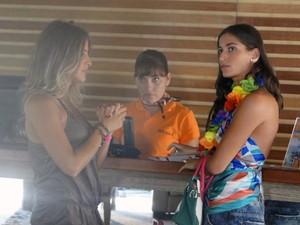 Maria e Luana armam para desmascarar Kiko (Foto: Malhação / Tv Globo)