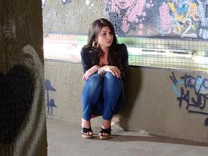 Brunessa fica sem chão com o fora de Rodinei (Foto: Cheias de Charme/TV Globo)