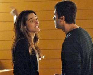 Luciana e Pedro discutem por causa de Irene