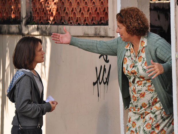 Fátima encontra a casa de Durvalina