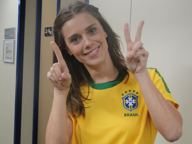 Para Carolina Dieckmann, Brasil ganha de 2x1