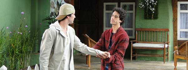 Julinho e Osmar se despedem emocionados