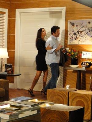 Suzana expulsa Ari de sua casa
