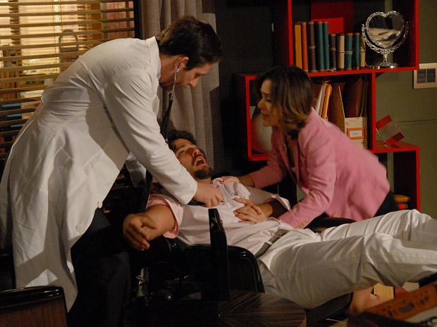 Berilo engana a própria esposa ao fingir que está doente