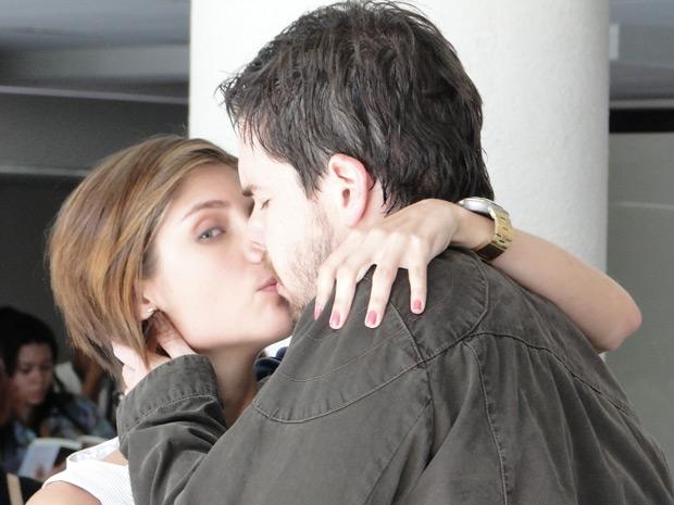 Lorena beija Chulepa
