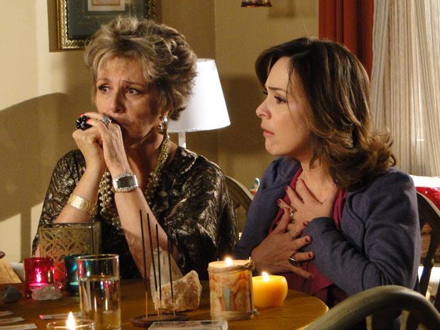 Jéssica descobre que Berilo está dividido entre duas mulheres