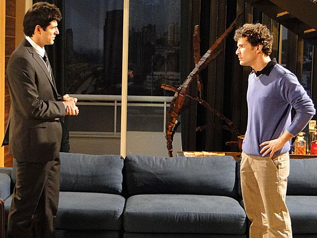 Agnello não quer mais saber de Fred em sua casa