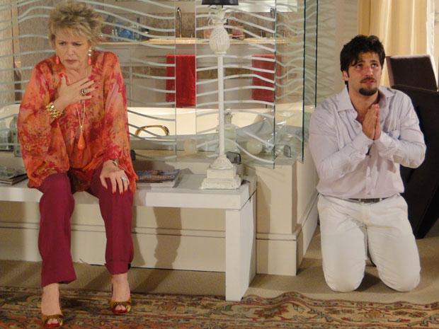Berilo pede a Clô que não conte a verdade a Jéssica