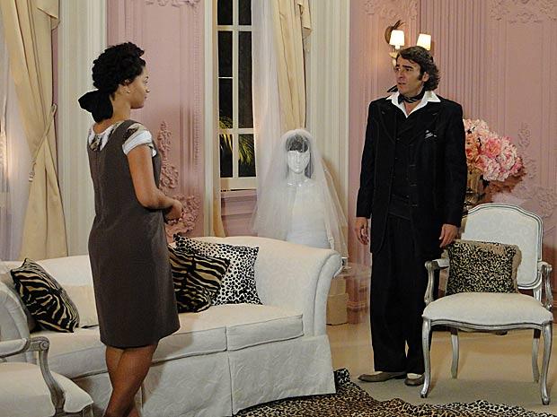 Clotilde conta seu plano para Jacques