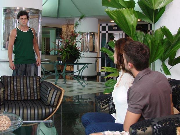 Armandinho vê Desirée e Jorgito juntos