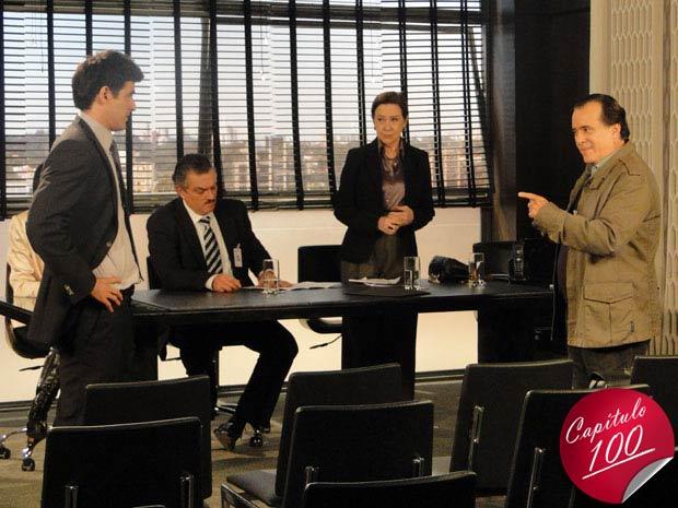Com a ajuda de Totó, Bete reassume a presidência da metalúrgica, para a surpresa de Fred e Saulo