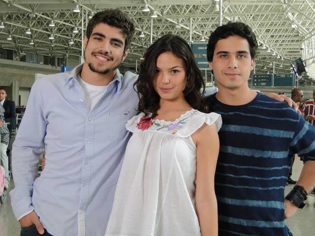 Isis Valverde, Caio Castro e André Arteche