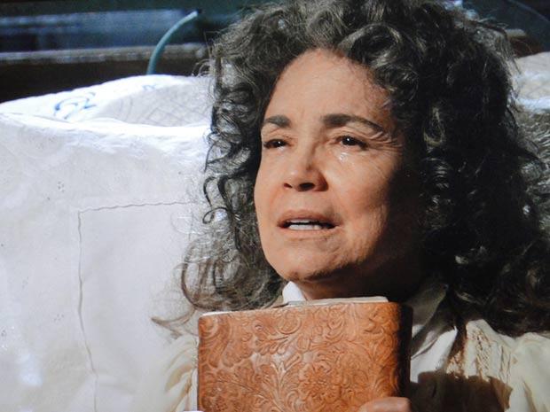 Antoninha conta ao filho sobre a maldição dos índios Karuê