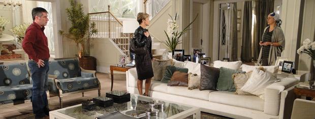 Luisa alerta Gustavo e Bruna sobre possível fuga de Edgar