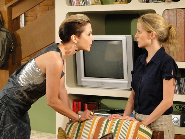 Luisa manda Camila pedir perdão a Edgar