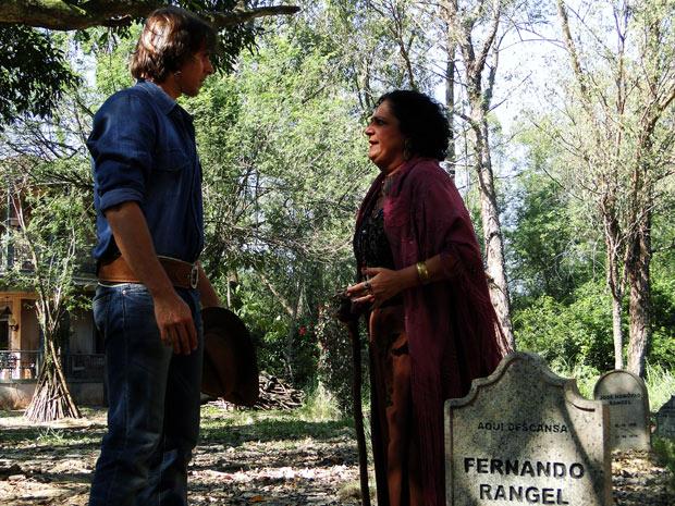 Terê dá os pêsames para Solano ao saber que ele é filho de Fernando