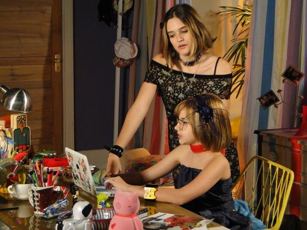Val fica irritada ao ver uma foto de Luti com Camila