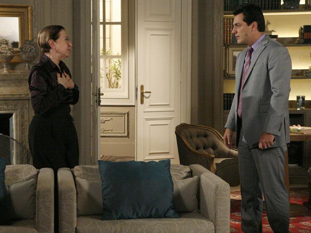 Bete está assustada com a possibilidade de Gerson ser um assassino