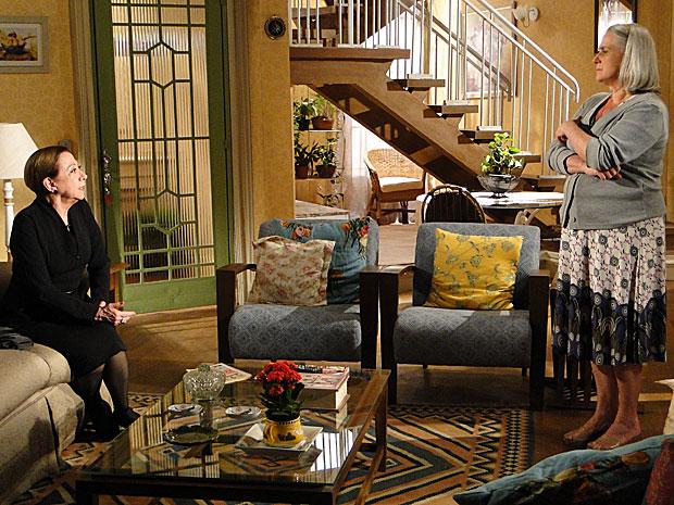 Bete vai à casa de Candê para investigar Fred